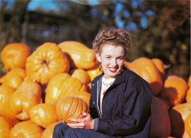 Young Marilyn Monroe Hanging Out in the Pumpkin Patch, 1945 (1)