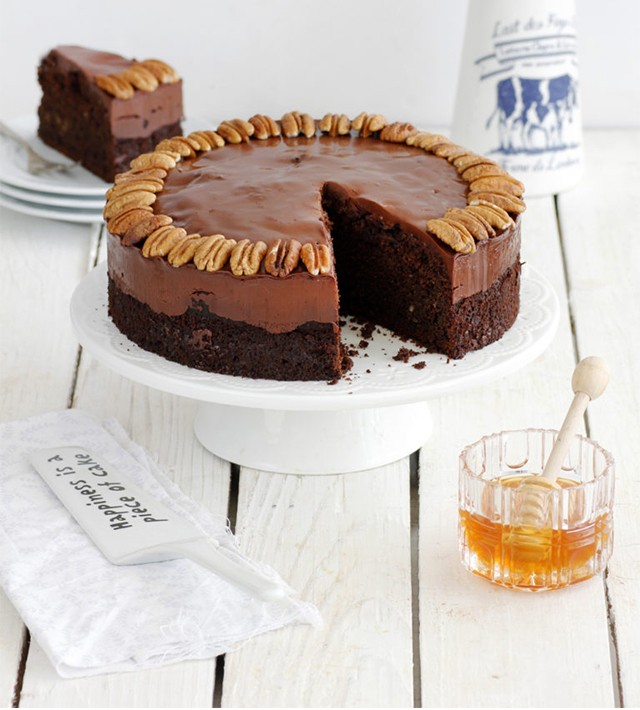 honey_chocolate_and_pecan_cake-s-768x1152-as-smart-object-1